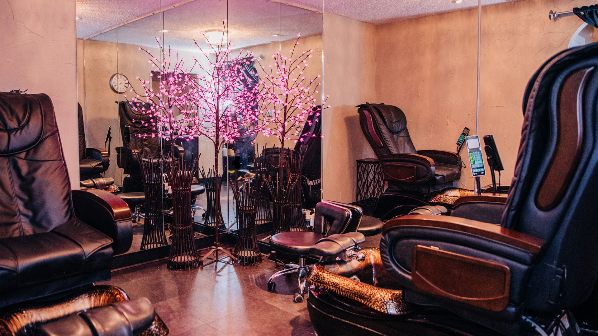 Hair Loft Salon & Spa slideshow